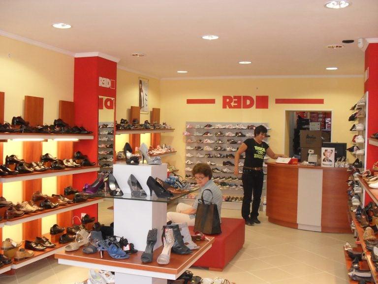 Nasze sklepy sklep obuwniczy Obuwie RED